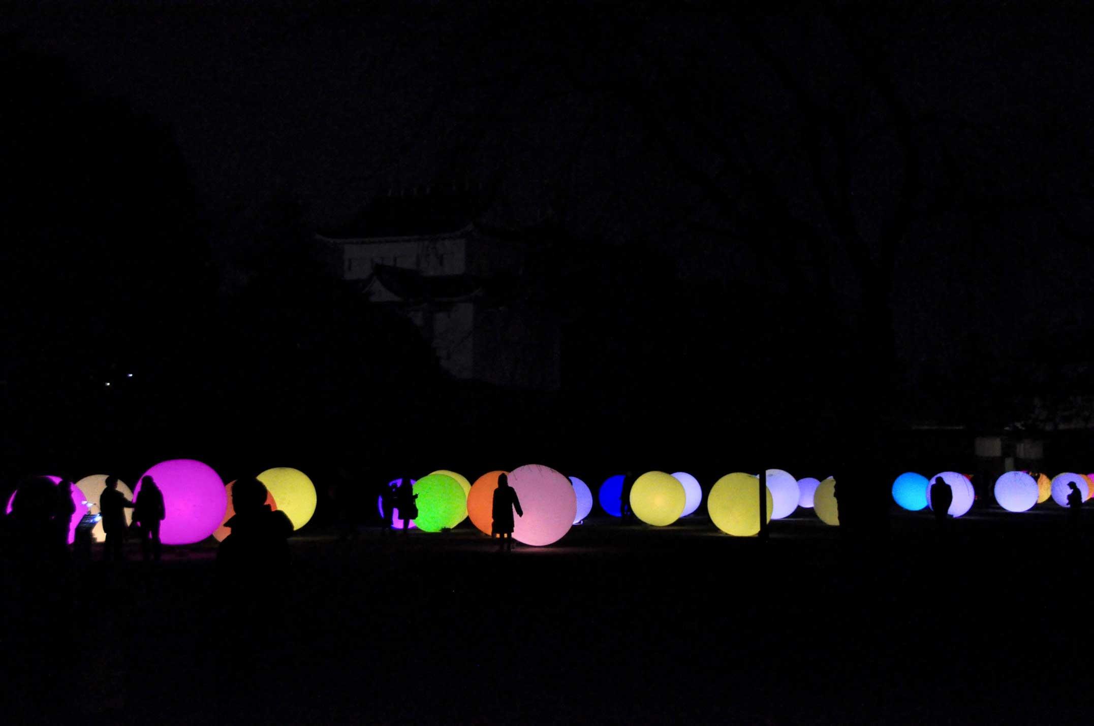チームラボ,光る玉,名古屋