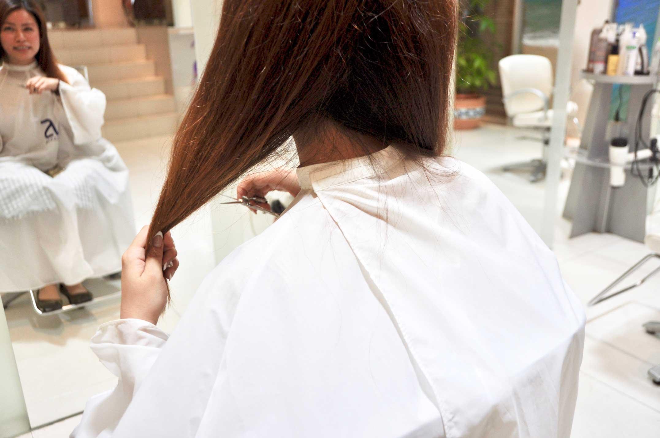 ショートヘア,くせ毛,ばっさり