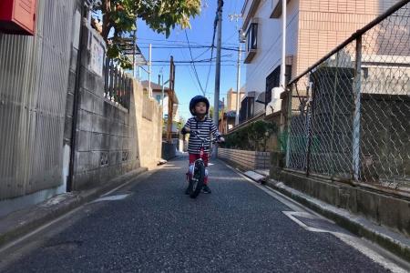 ストライダー,自転車,3歳
