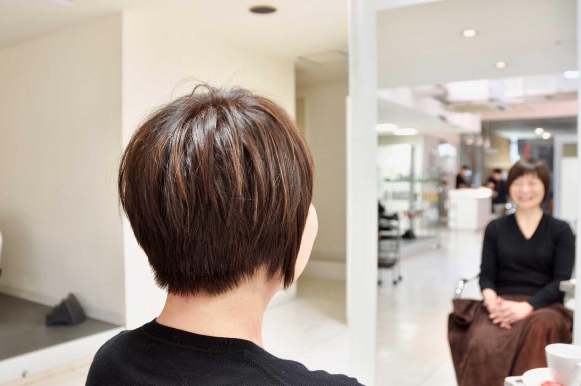 直毛,ショートヘア,ショートボブ